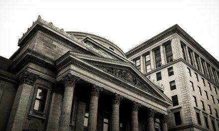 Aandeelhouders ING zeggen vertrouwen in top op